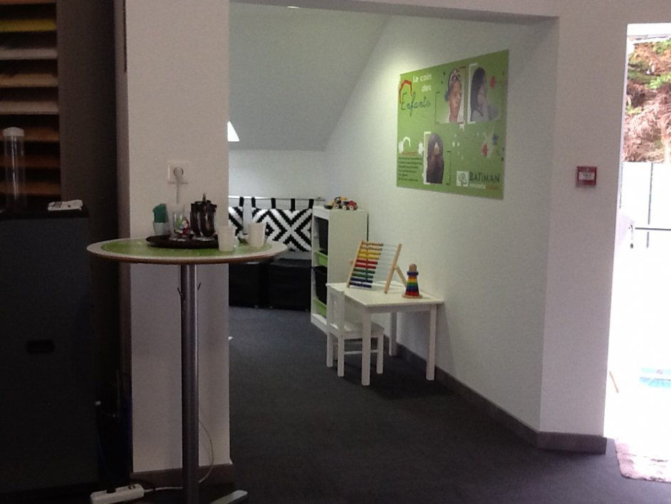 batiman magasin de menuiserie guerande batiman 44 menuiserie et cuisine. Black Bedroom Furniture Sets. Home Design Ideas