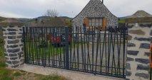 portail cadiou moderne en campagne Multibois La Roche Blanche Brioude Auvergne